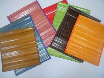 Tappeti colorati in bamboo